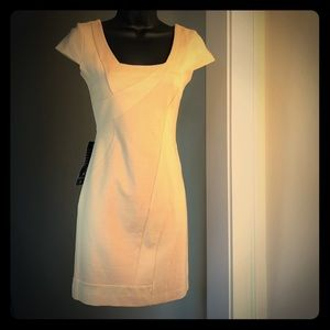 SALE! BEBE small nude coloring NEW never worn